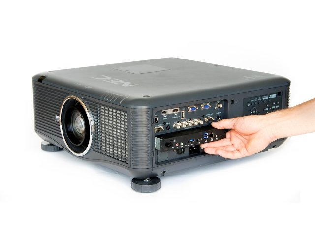 NEC_OPS_installed_in_projector_1600x1200